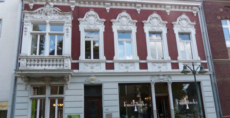 MAX.P Wohn- Geschäftshaus L a